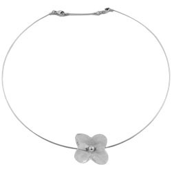 Baccarat Crystal - Hortensia 1 Flower Necklace - Style No: 2102536